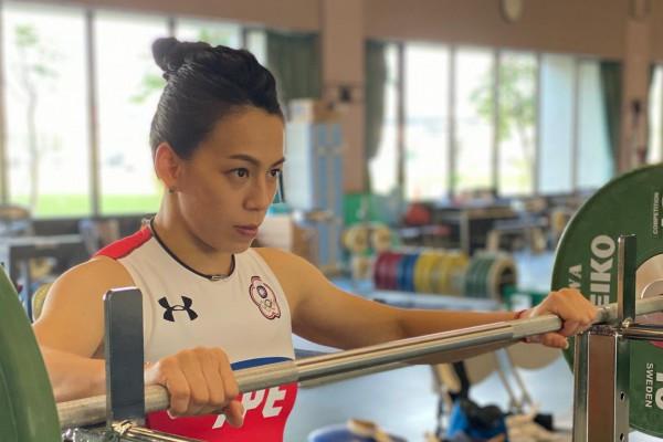 郭婞淳破紀錄奪奧運金牌!女子舉重59kg決賽  舉起生命中不可承受之輕