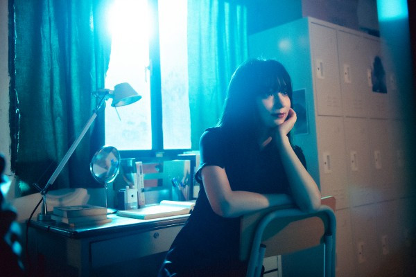 APUJAN ✕ 蕭雅全打造魅惑時裝秀:《迷宮喧囂》潛入愛麗絲夢遊幻境