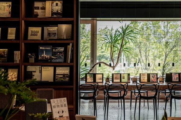 青鳥書店再次跨界:從全新餐飲到品牌閱讀角落