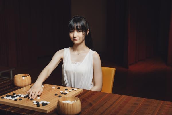 贏在棋盤裡的女力 黑嘉嘉從身為職業棋士長出堅毅